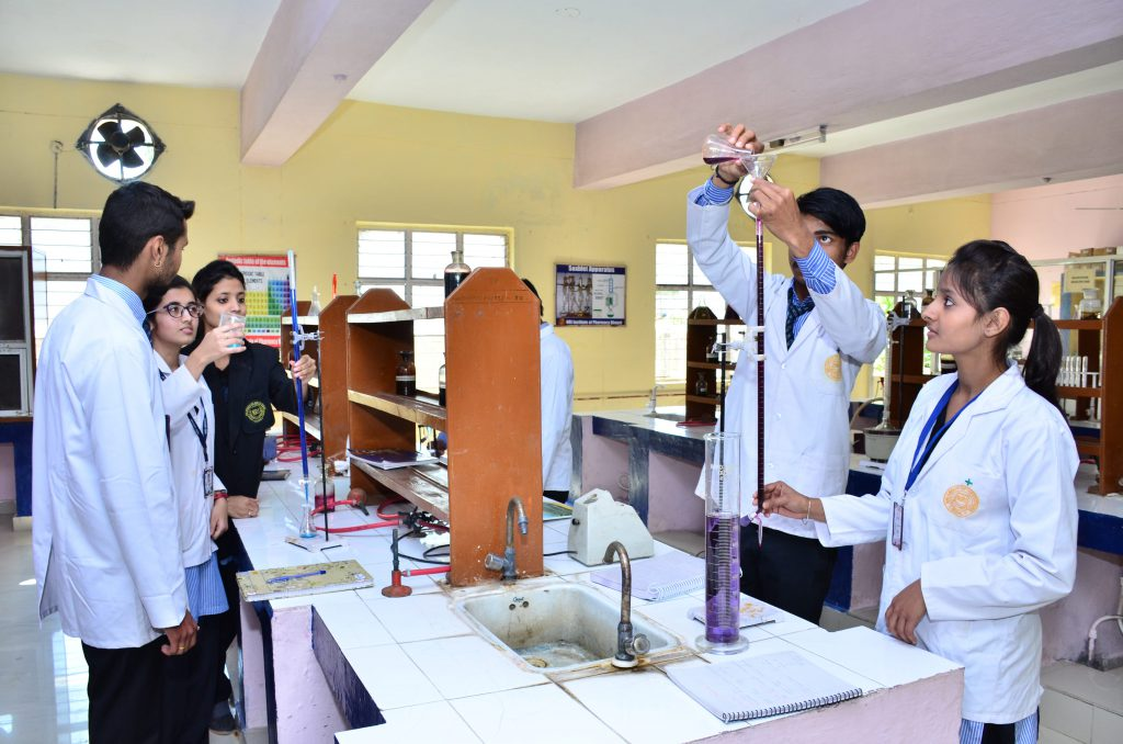 Best Pharmacy College in Bhopal - Top Pharmacy College in MP