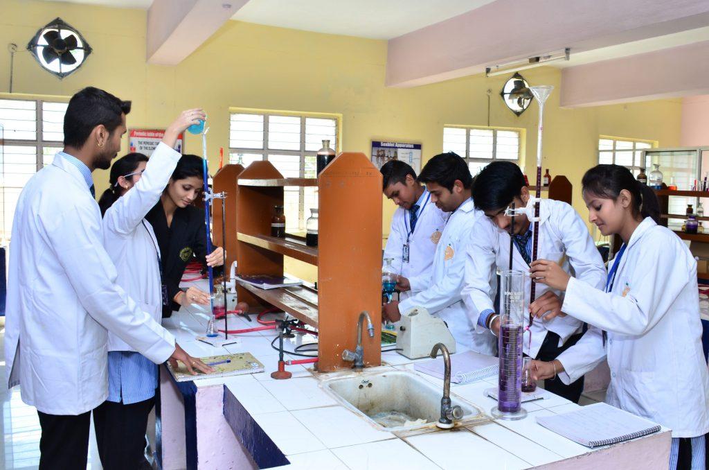 Best Pharmacy College in Bhopal - Best Pharmacy College in India | NIP